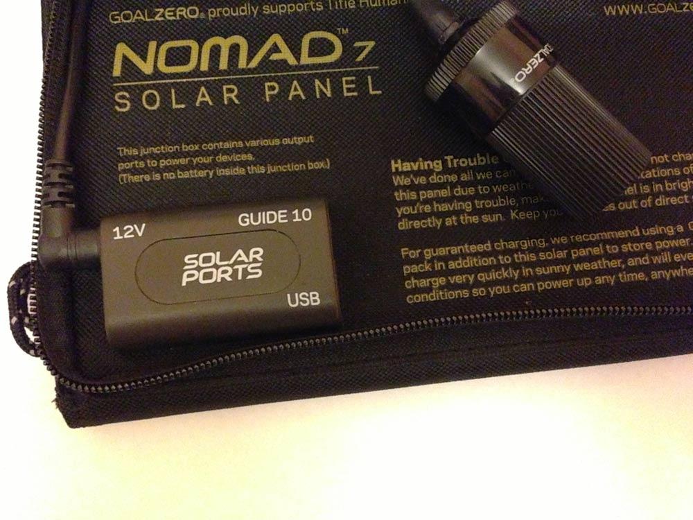 Arrière du panneau solaire Goal Zero Nomad 7 ouvert