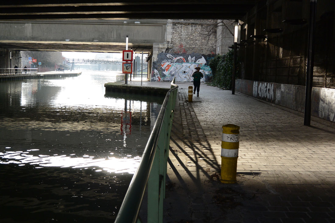 Photo prise avec le Nikon 1 AW1 : Canal de l'Ourcq, Paris 01 2014. Ph. Moctar KANE.