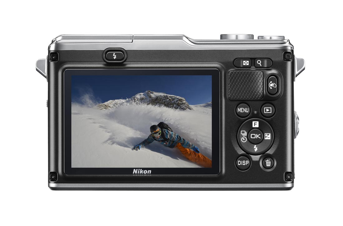 L'APN hybride waterproof et anti-choc Nikon 1 AW1. Ph. Moctar KANE.