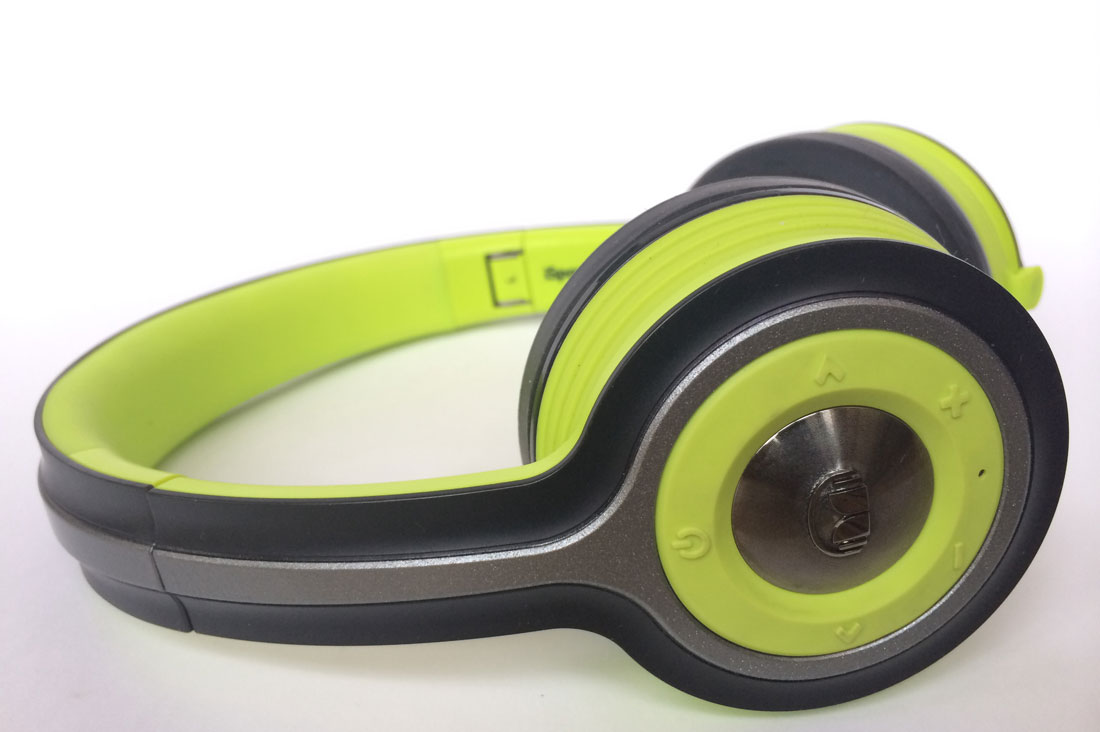 Casque de sport Bluetooth Monster iSport Freedom. Ph. Moctar KANE.