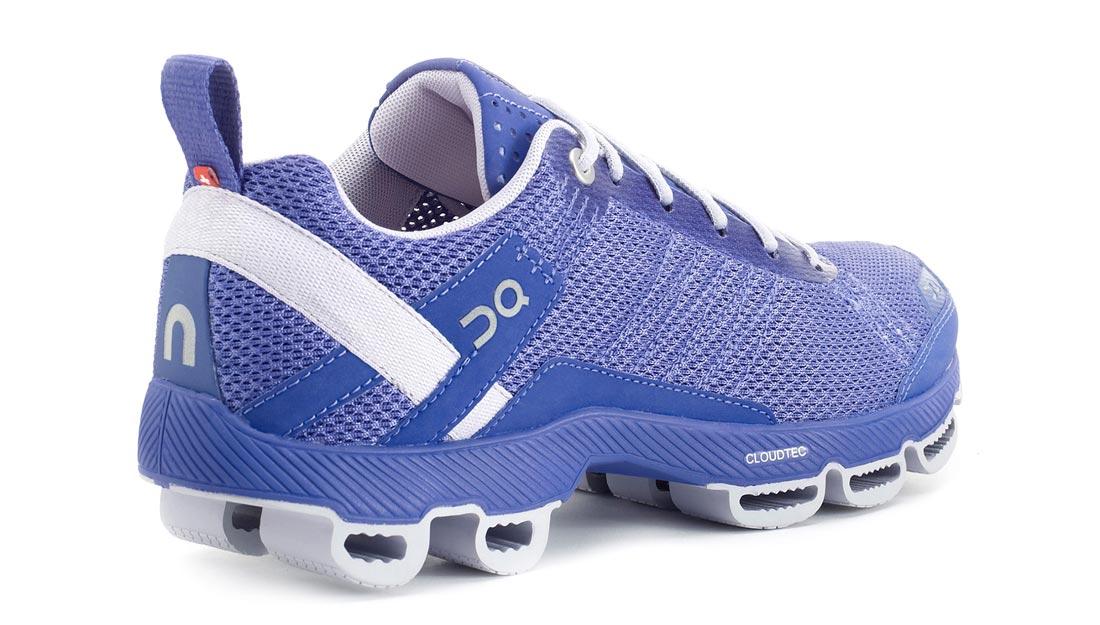 Un des modèles femme des chaussures de running On Cloudsurfer.