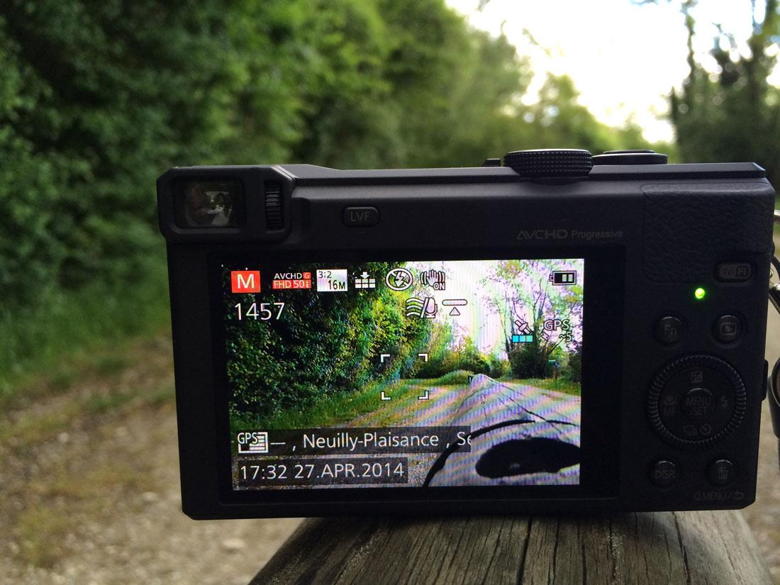 Le Panasonic TZ60 peut afficher le nom du lieu de la prise de vue. Ph. Moctar KANE.