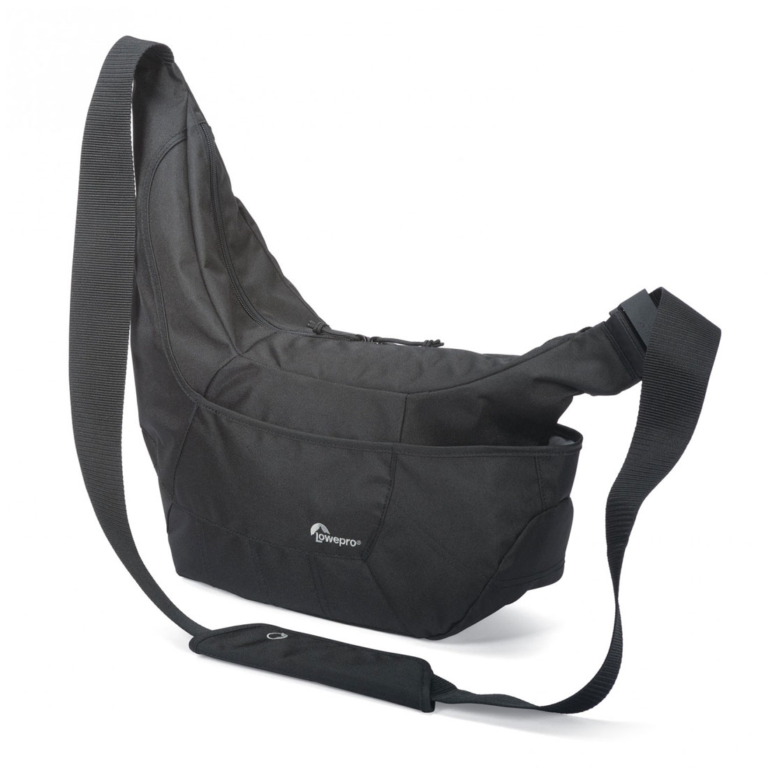 Le sac photo Lowepro Passport Sling III, en noir.
