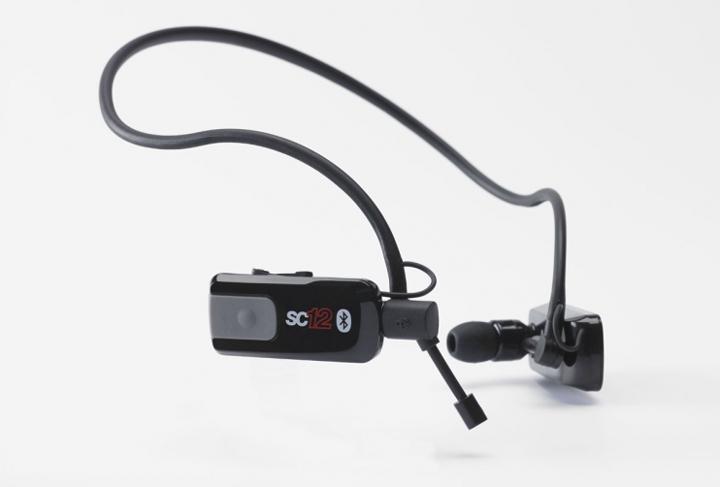 Les écouteurs intras de sport Bluetooth Play2Run SC12.