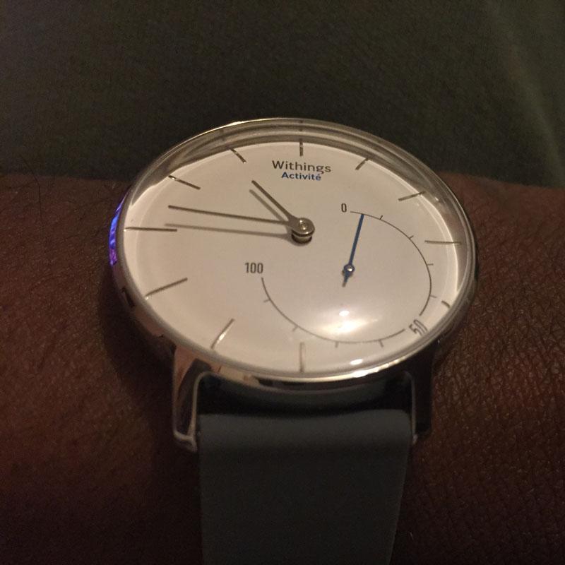 La montre Withings Activité avec son bracelet en silicone, 2015 Ph. Moctar KANE.