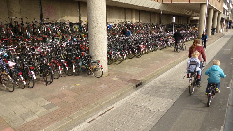 Aux environs de la gare centrale, Utrecht, 2014. Ph. Moctar KANE.