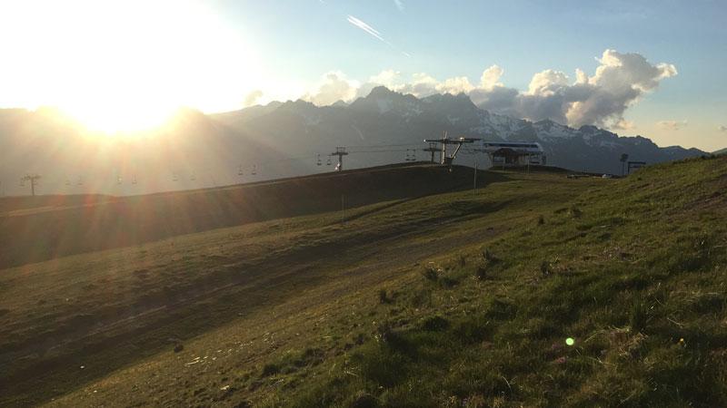 En haut de l'Alpe d'Huez, 02 06 2015, Ph. Moctar KANE.