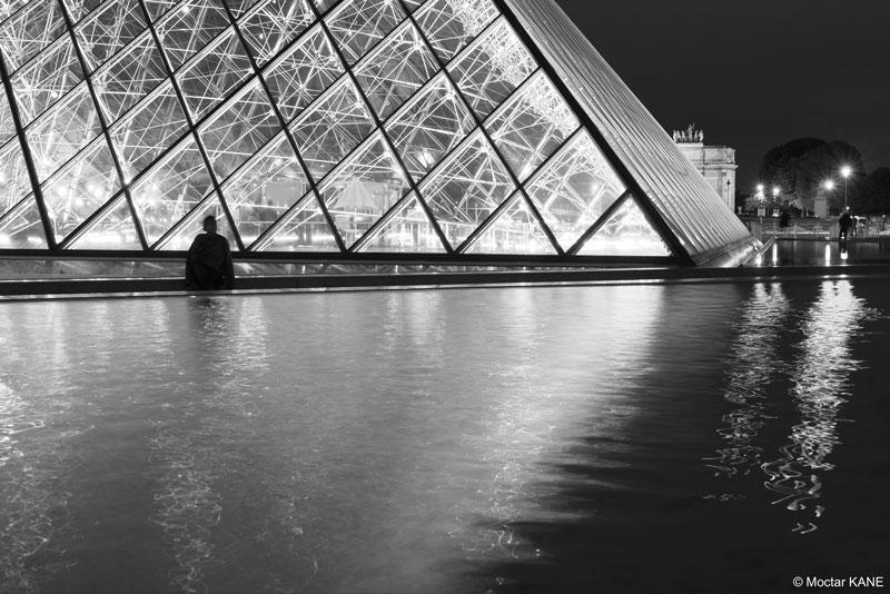 La Pyramide du Louvre, photographiée avec l'Olympus OM-D E-M1 Mark II, Paris, 2017, Ph. Moctar KANE.
