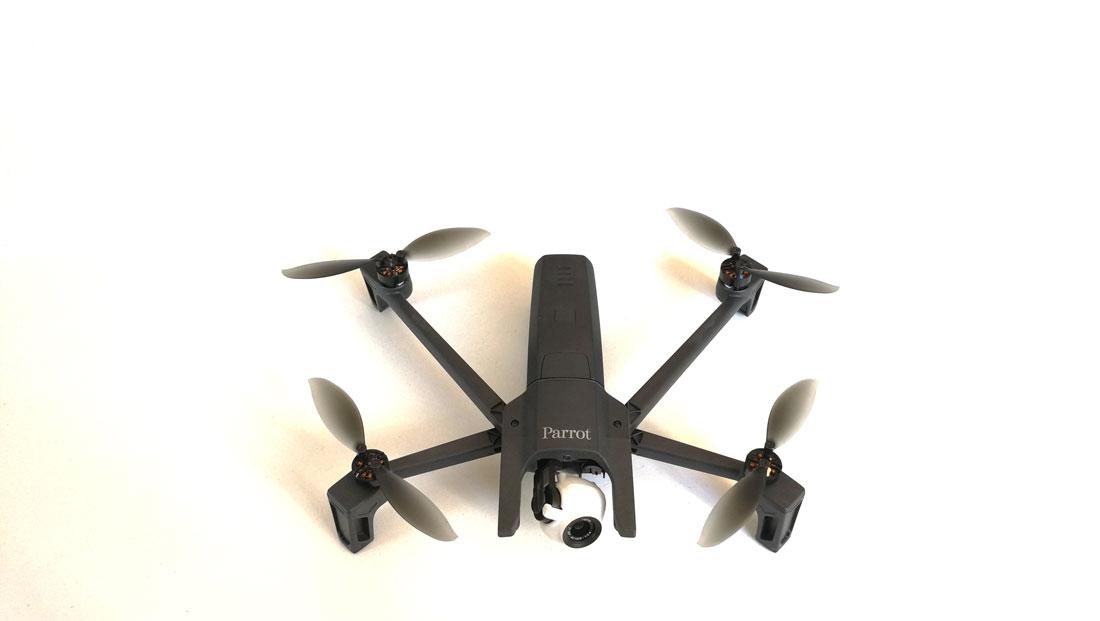 Drone pliable et 4K Parrot ANAFI, 07 2018, Ph. Moctar KANE.
