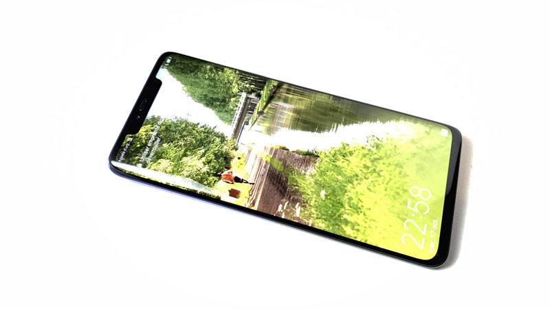 Le smartphone à trois capteurs photo Huawei Mate20 Pro, 10 2018, Ph. Moctar KANE.