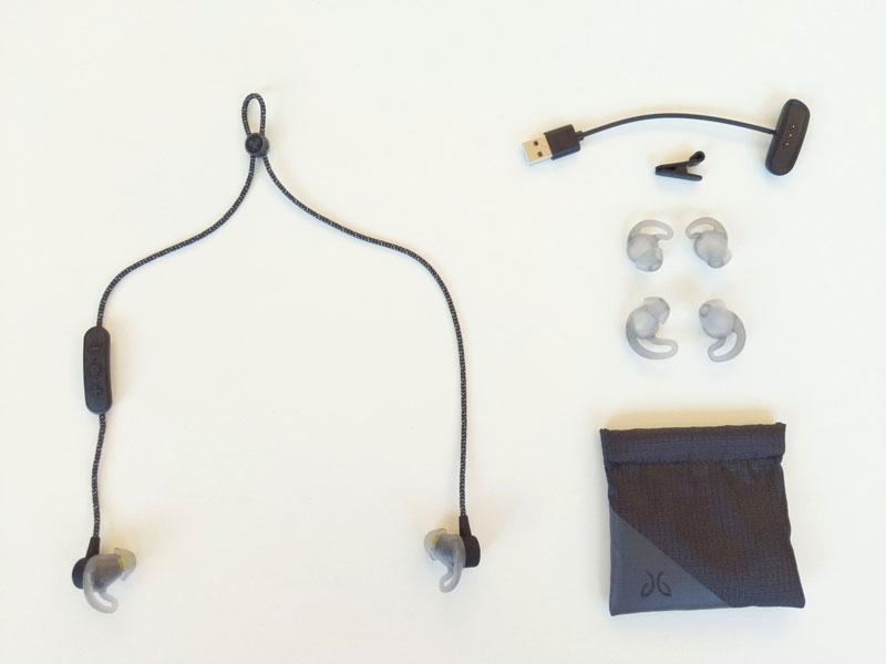 Écouteurs de sport sans fil Jaybird Tarah Pro avec ses accessoires, 11 2018, Ph. Moctar KANE.