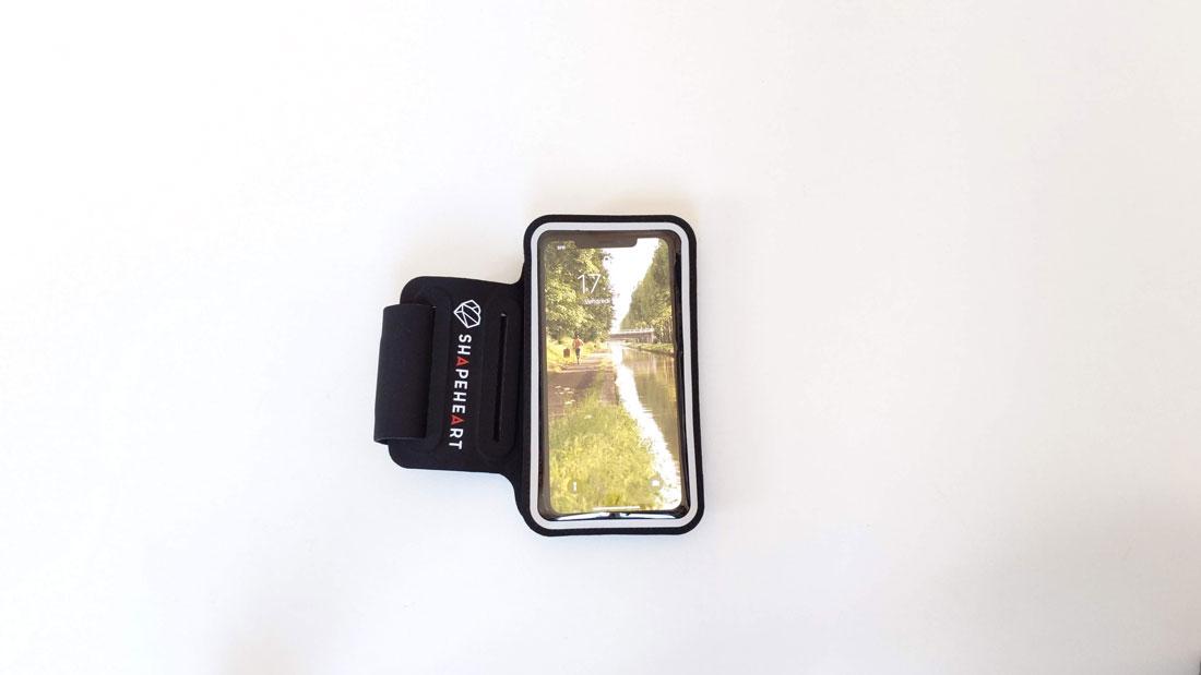 Brassard magnétique de smartphone Shapeheart, 04 2019, Ph. Moctar KANE.