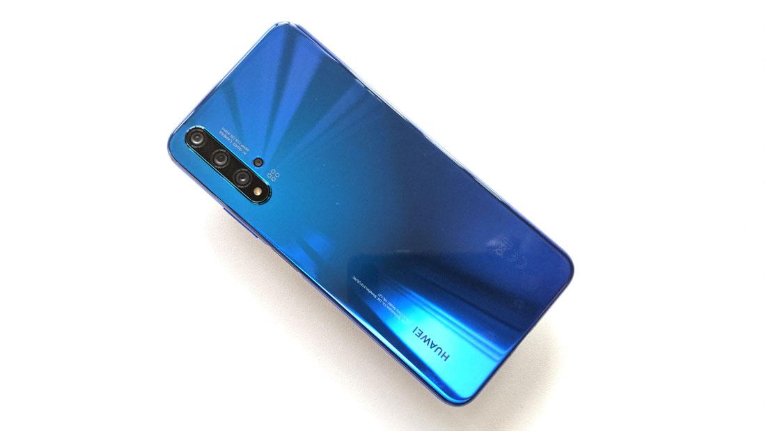 Le smartphone Huawei nova 5T, 2019, Ph. Moctar KANE.