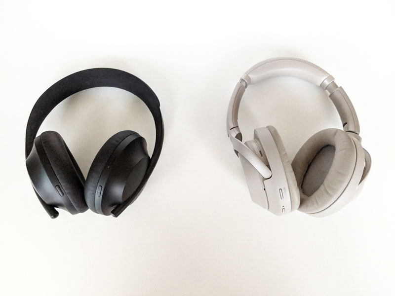 Casques Bose Headphones 700 et Sony WH-1000XM3, 2019, Ph. Moctar KANE.