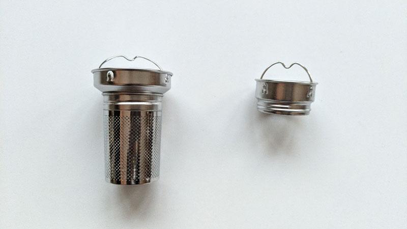 Un des accessoires de la CamelBak , infuseur à thé (vendu séparément), 2021, PH. Moctar KANE.